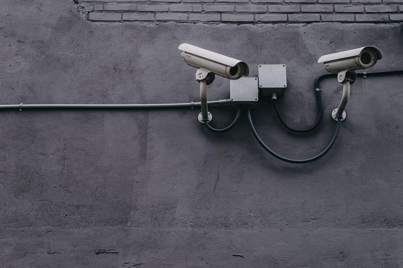 מצלמות אבטחה - טלויזיה במעגל סגור
