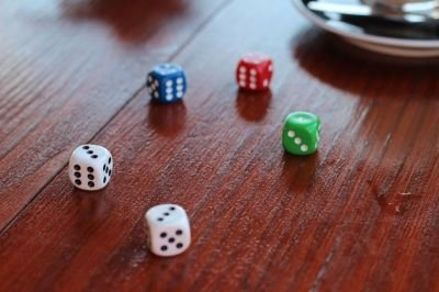Factors to Consider when Looking for a Dice Shop