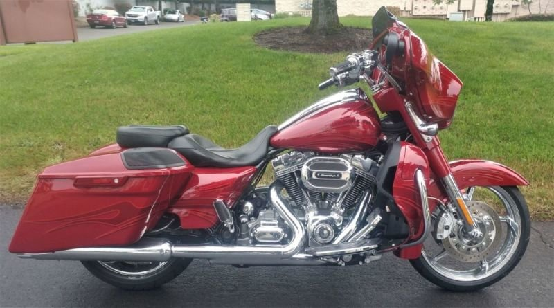 CVO Screaming Eagle