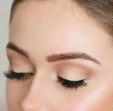 HENNA BROWS TREATMENT AED 190