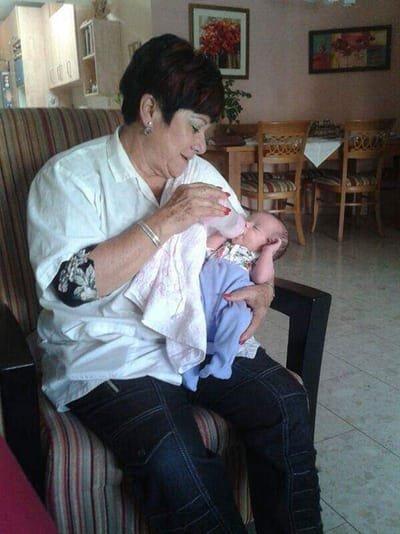 הסבתא להשכרה - עזרה ליולדות אחרי לידה