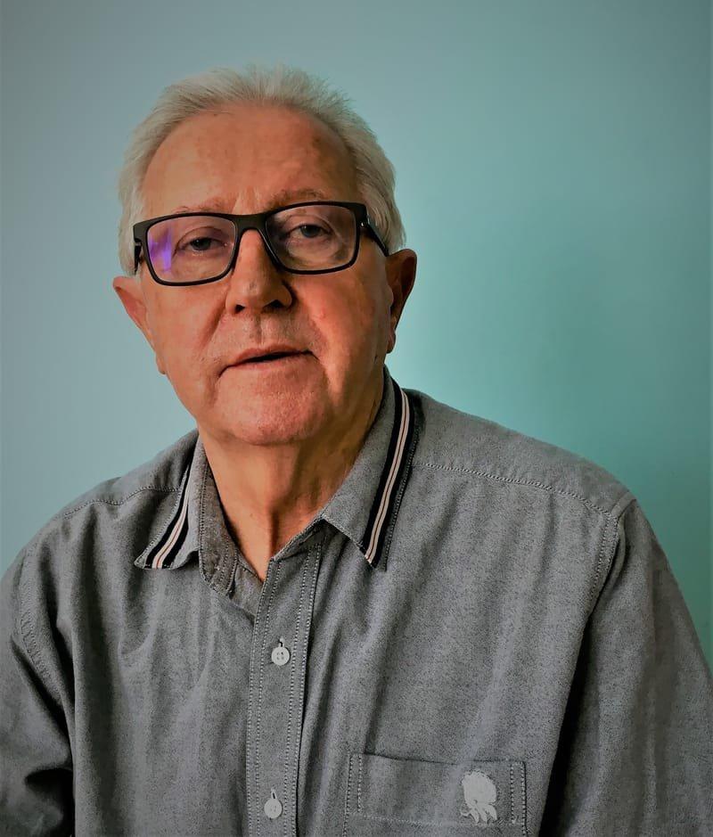 profesor zwyczajny dr hab. Andrzej Jopkiewicz