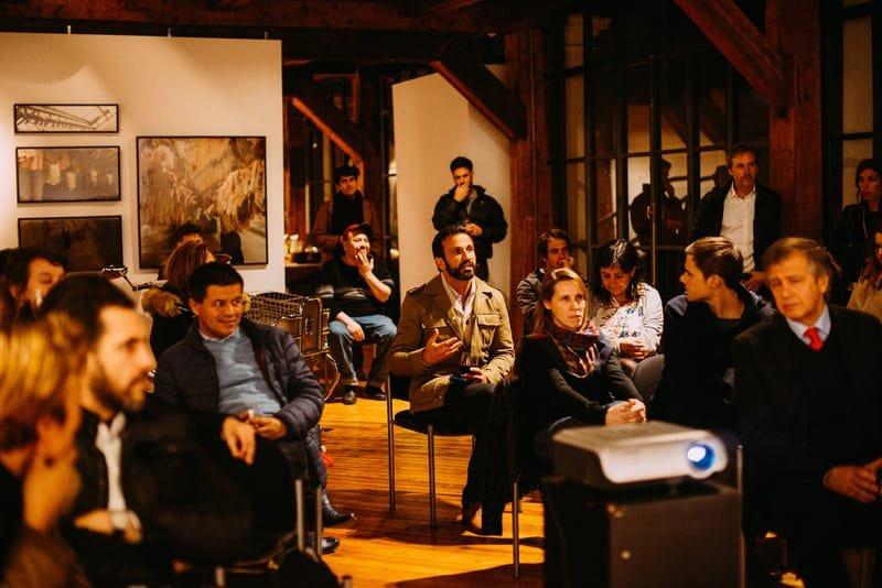 הרצאות וחוגי בית