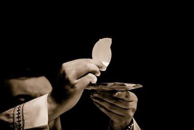 La Communion Marie porte du Ciel