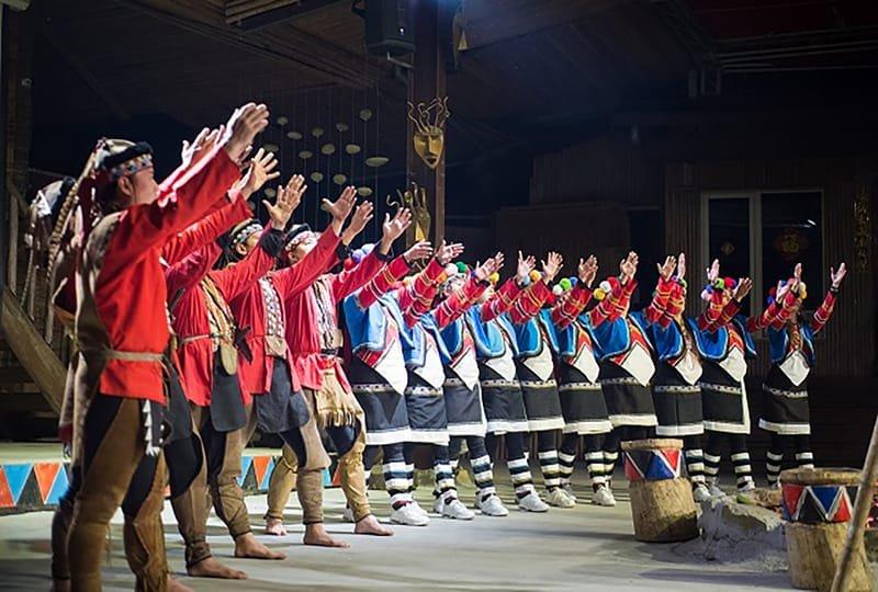 茅達諾劇團