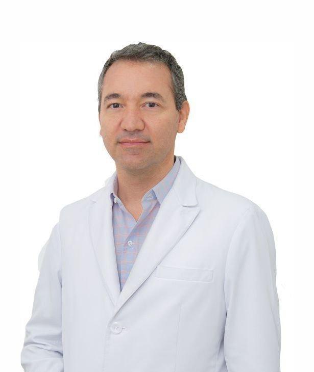 Dr André Caroli