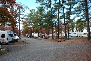Americamps RV Resort | $34.20 (discount price: $30.78 a night)