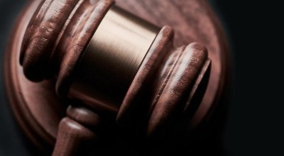 Vital Aspects to Take Into Account When Employing a Qualified Personal Injury Lawyer
