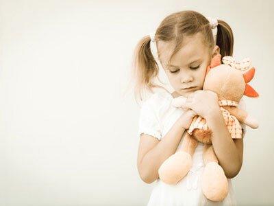 QUELLES SONT LES PRINCIPALES INDICATIONS DE L'HYPNOSE CHEZ L'ENFANT ?