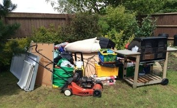 What Are The Benefits Of Hiring Professional House Clearance Nottingham Based Services?