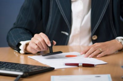 Points to Consider When Choosing the Best Notary