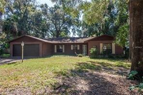 1517 N Lake View Ave ~ Leesburg FL 34748